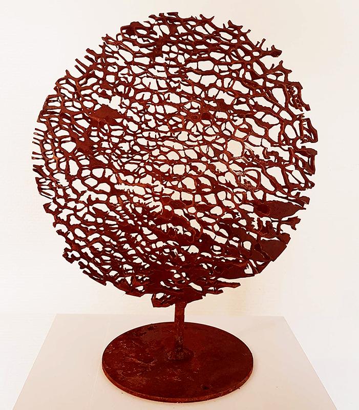 Strandvondst sculpture